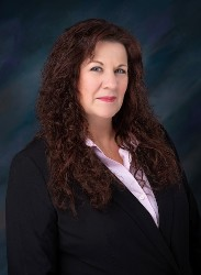 Leann Murphy-Baker Offers Veteran Organization Representation in Garden City, NY